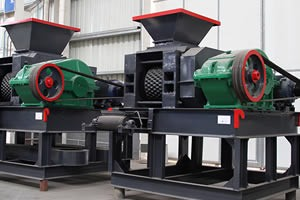 Briquettes making machine